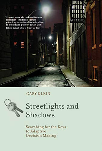 9780262516723: Streetlights and Shadows: Searching for the Keys to Adaptive Decision Making (MIT Press)