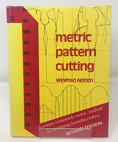 9780263064117: Metric Pattern Cutting [Revised Edition]
