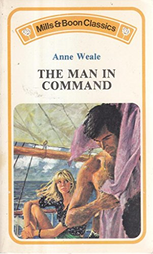 9780263724011: Man in Command