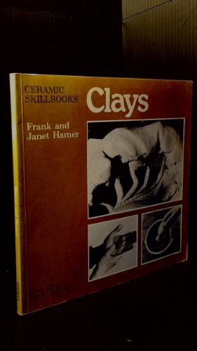 9780273010005: Clays (Ceramic skillbooks)