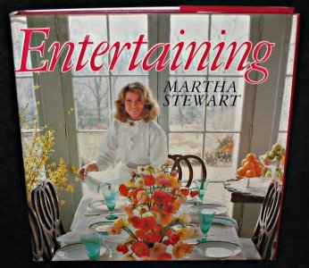 9780283990373: Martha Stewart's Entertaining
