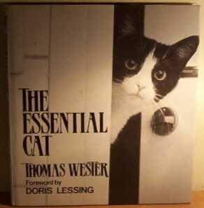 9780285628205: The Essential Cat