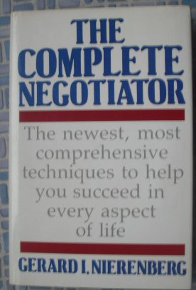 9780285628250: The Complete Negotiator