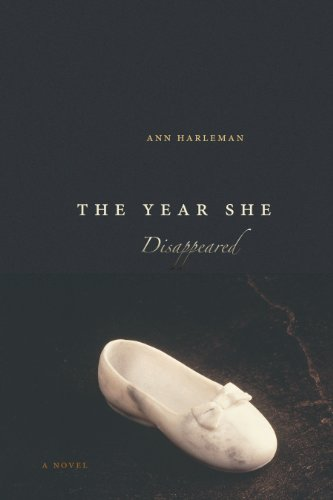 9780292717473: The Year She Disappeared: A Novel (James A. Michener)
