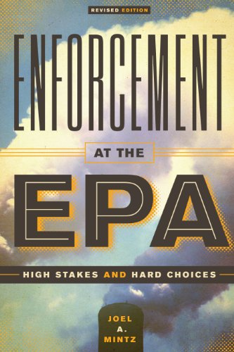 9780292754416: Enforcement at the EPA: High Stakes and Hard Choices, Revised Edition