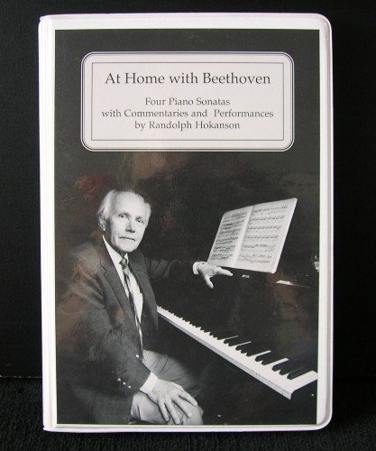 9780295750170: At Home With Beethoven: Four Piano Sonatas With Commentaries and Performances