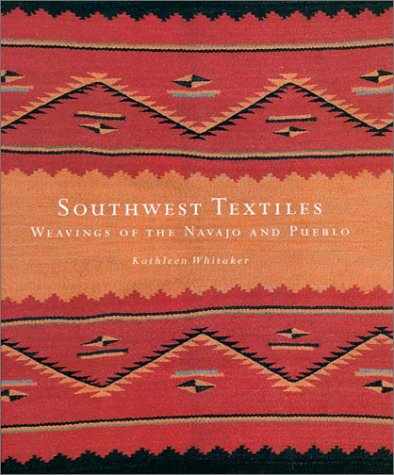 9780295982267: Southwest Textiles: Weavings of the Pueblo and Navajo
