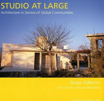 9780295984322: Studio at Large: Architecture in Service of Global Communities (Sustainable Design Solutions from the Pacific Northwest) (Sustainable Design Solutions from the Pacific Northwest S.)