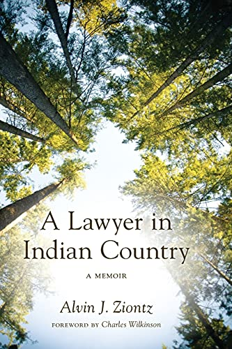 9780295992358: A Lawyer in Indian Country: A Memoir