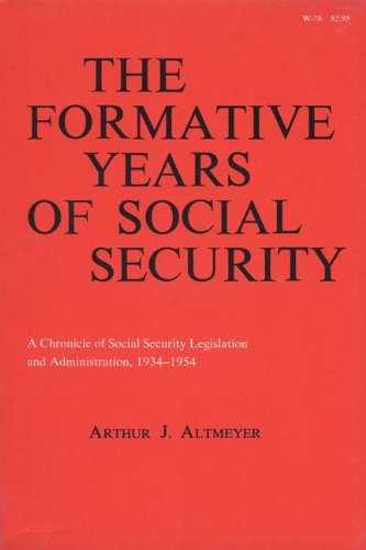 9780299038243: Formative Years of Social Security