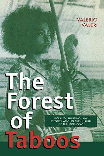 9780299162146: The Forest of Taboos: Morality, Hunting, and Identity among the Huaulu of the Moluccas