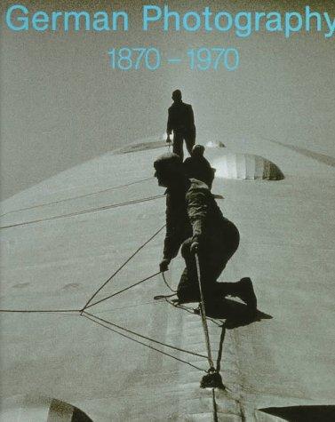 9780300071726: German Photography 1870-1970: Power of a Medium
