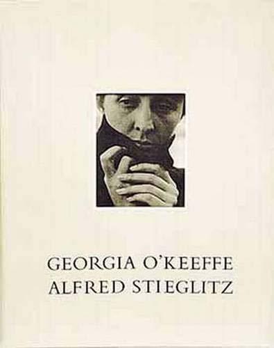 9780300086102: Georgia O'Keeffe: A Portrait by Alfred Stieglitz
