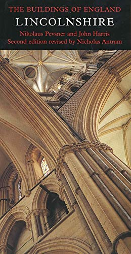Lincolnshire: The Buildings of England ( Larger Format )