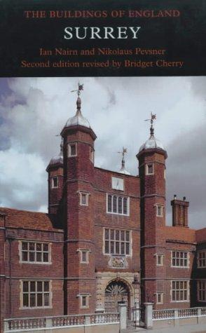 9780300096750: Surrey (The Buildings of England) (Pevsner Architectural Guides: Buildings of England)