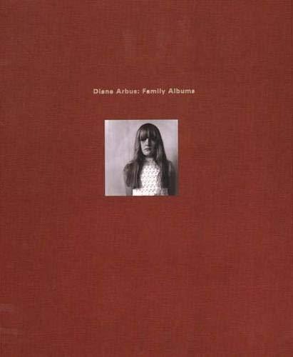 9780300101461: Diane Arbus: Family Albums