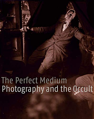 9780300111361: The Perfect Medium – Photography and the Occult