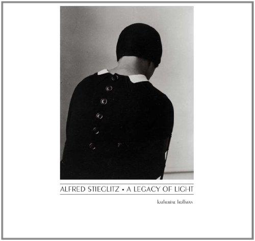 9780300134452: Alfred Stieglitz: A Legacy of Light