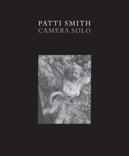 9780300182293: Patti Smith: Camera Solo (Wadsworth Atheneum Museum of Art)