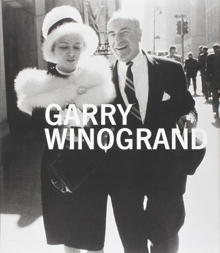 9780300191776: Garry Winogrand (Metropolitan Museum, New York: Exhibition Catalogues)