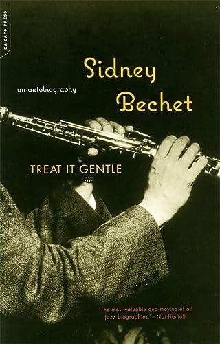 9780306811081: Treat It Gentle: An Autobiography