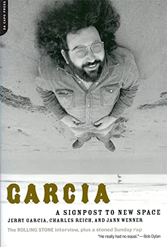9780306812538: Garcia: A Signpost To New Space