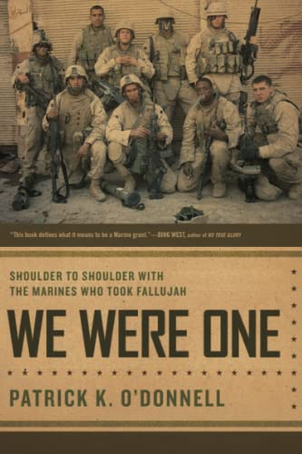 9780306815737: We Were One: Shoulder to Shoulder with the Marines Who Took Fallujah