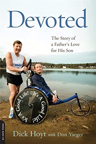 9780306820748: Devoted: The Story of a Father's Love for His Son