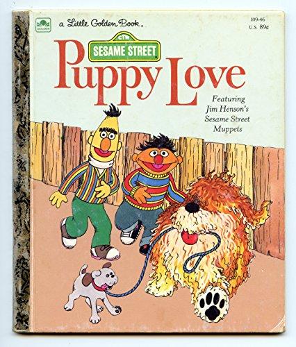 9780307010957: Sesame Street: Puppy Love (Golden Storyland)