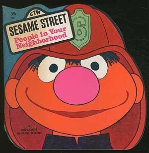 9780307100719: People In Your Neighborhood (Sesame Street)
