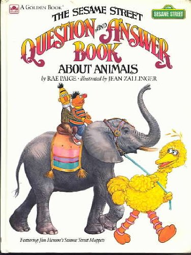 9780307158161: The Sesame Street Question And Answer Book About Animals