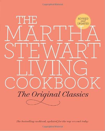 9780307393821: The Martha Stewart Living Cookbook: The Original Classics