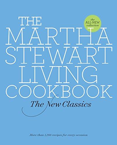 9780307393838: The Martha Stewart Living Cookbook: The New Classics