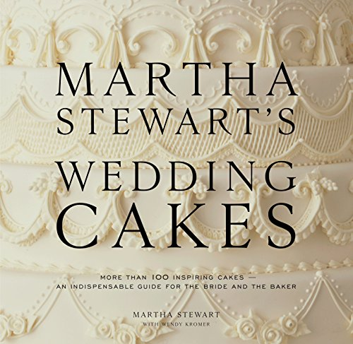 9780307394538: Martha Stewart's Wedding Cakes: More Than 100 Inspiring Cakes--An Indispensable Guide for the Bride and the Baker
