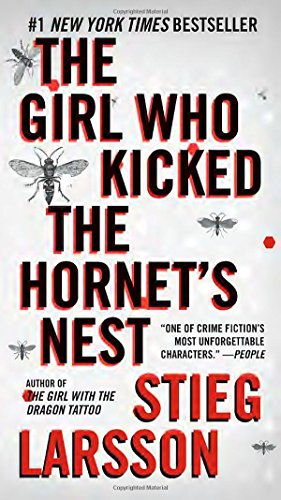 9780307742537: The Girl Who Kicked the Hornet's Nest (Millennium Series)