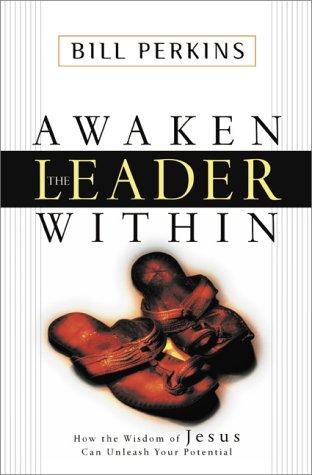 9780310230878: Awaken the Leader Within