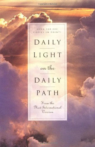 9780310231110: Daily Light on the Daily Path: From the New International Version