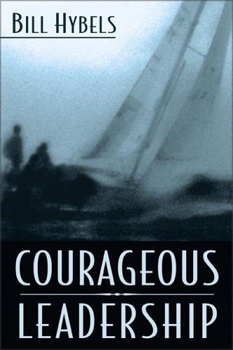 9780310248811: Courageous Leadership