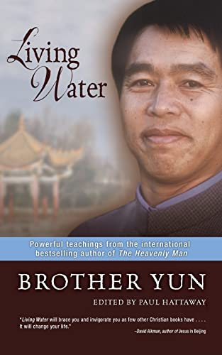 9780310285540: Living Water