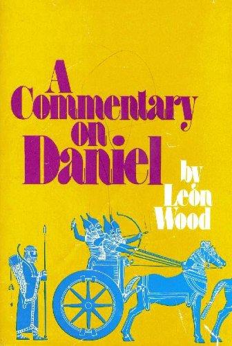 9780310347101: Commentary on Daniel