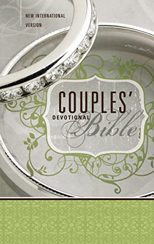 9780310438151: NIV, Couples' Devotional Bible, Hardcover