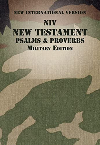 9780310446156: NIV, New Testament with Psalms and Proverbs, Military Edition, Paperback, Woodland Camo
