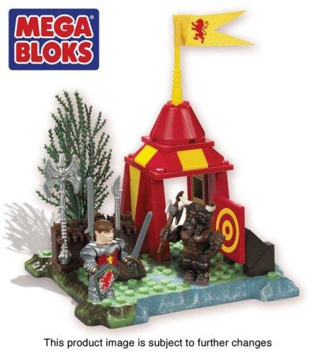 9780310812623: Narnia Aslan's Camp Megablocks set (Toy)