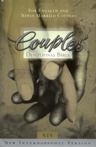 9780310908685: Couples' Devotional Bible for Engaged and Newly Married Couples