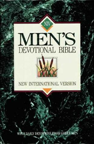 9780310915904: Mens Devotional Bible