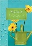 9780310924227: NIV Mom's Devotional Bible