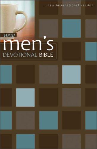 9780310928560: New Men's Devotional Bible