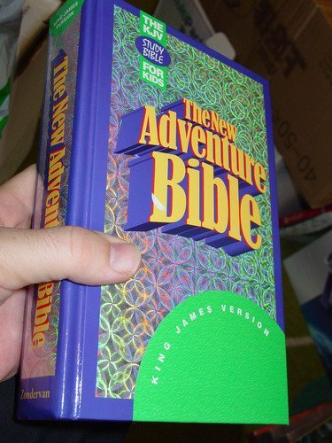 9780310930495: The New Adventure Bible: King James Version/Indexed