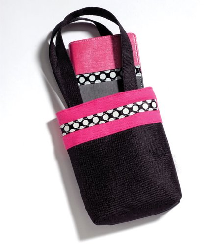 9780310935148: Holy Bible: New International Version, Hot Pink/Black, Trimline, Bible-In-A-bag