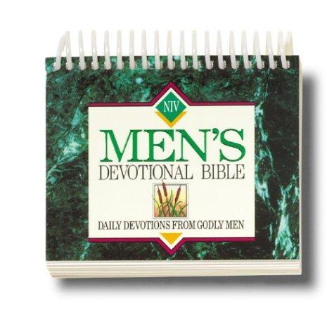 9780310962045: Daybreak® Mens Devotional Bible